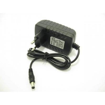 Качественный адаптер6V 2A с штекером 5.5x2.5 мм
